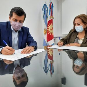 El Ministerio de Salud y la UNSE firmaron Convenio para la práctica de estudiantes de la Lic. en Trabajo Social en la Atención Primaria